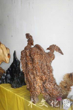 核桃树根雕刻图片欣赏
