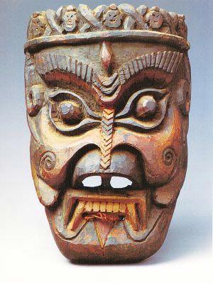 白马藏族木雕傩面具的民族特色及文化含义